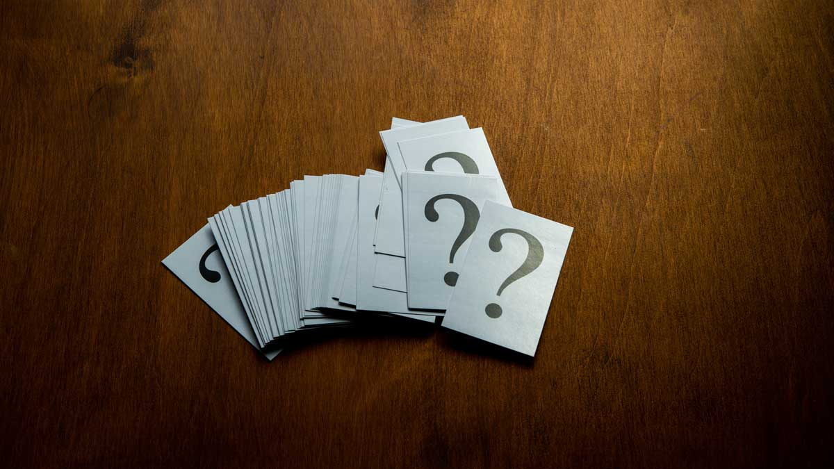 Cards-with-question-marks-on-them