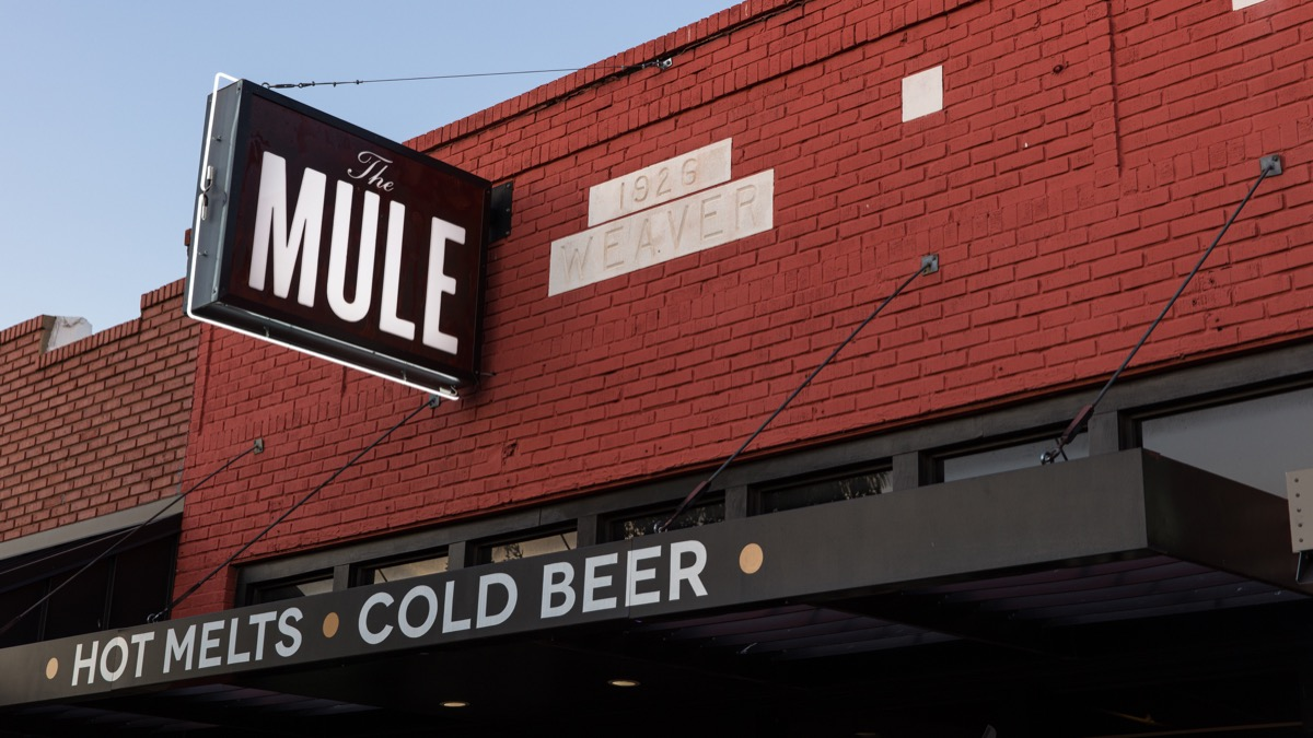 The-Mule-sign