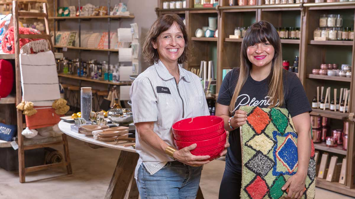 "Traci Walton and Brittney Matlock at PLENTY Mercantile (Photo: <a href=""https://edmondbusiness.com/author/brent-fuchs/"">Brent Fuchs</a>)"